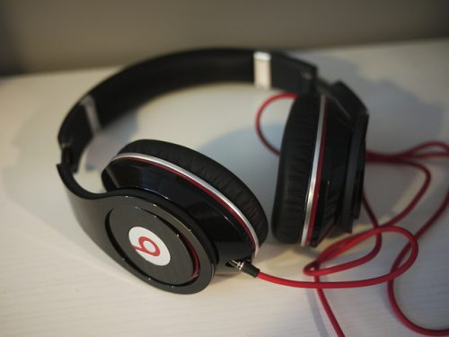 Oversized Headphones Defy Tech Product Trends